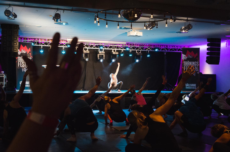 Yoga with Tiina Ravelin Holy Heart at Träningsfesten